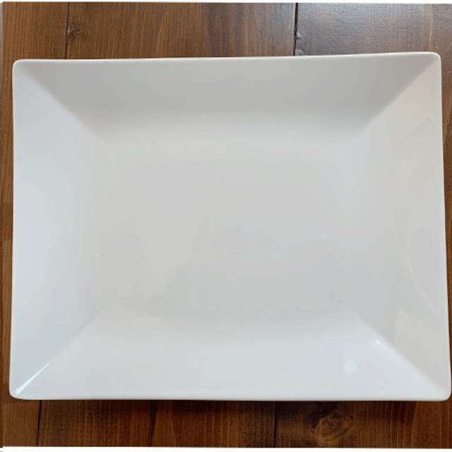 Where to find WHITE RECTANGLE PLATTER 10 X12 in Portland