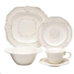 Rental store for IVORY VINTAGE DINNER PLATE in Portland OR